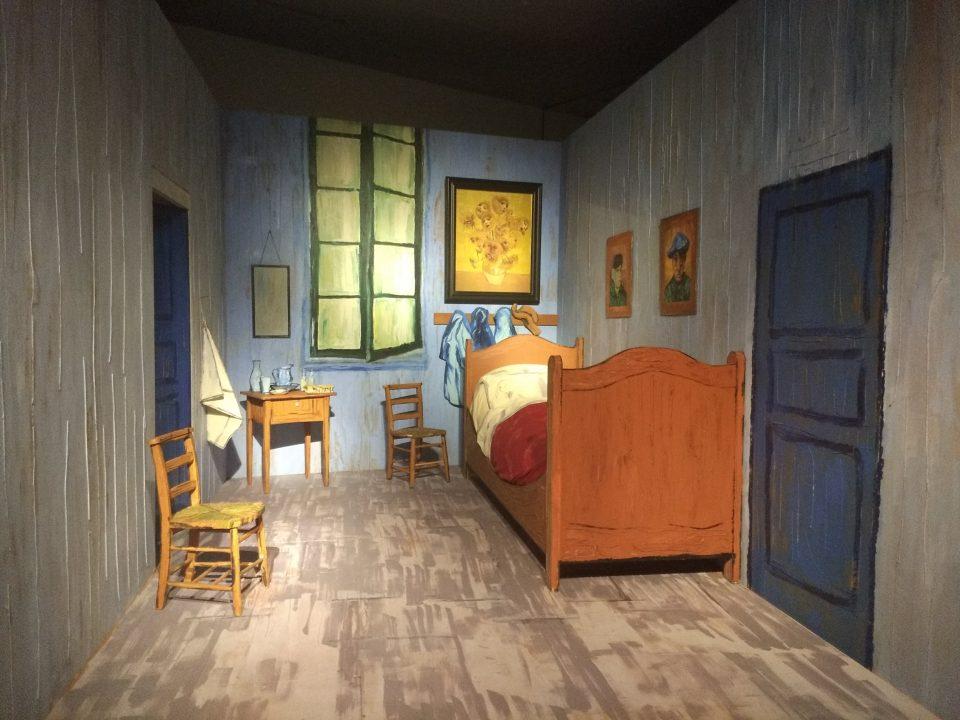ゴッホ展関連展示「森村泰昌、ゴッホの部屋を訪れる」